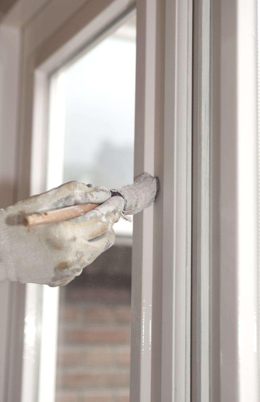 Fensterlack in weiss trocknet schnell und ist hoch wetterbeständig ...